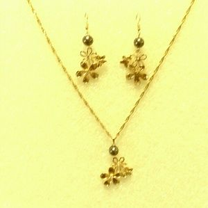 Hawaiian made jewelrys